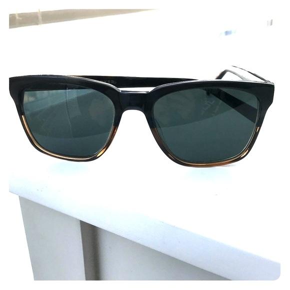 e3c8c5364d5 Warby Parker Barkley Sunglasses. M 5a6b565a36b9de396438c333